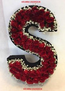 Çılgın Aşk Kişiye Özel Kırmızı Güllerden Harf